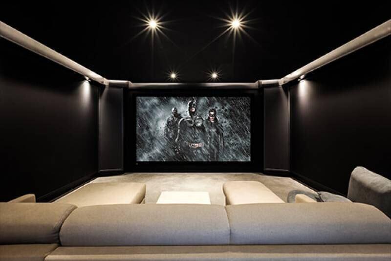Dark Knight Cinema by Beter Beeld & Geluid gallery image 2
