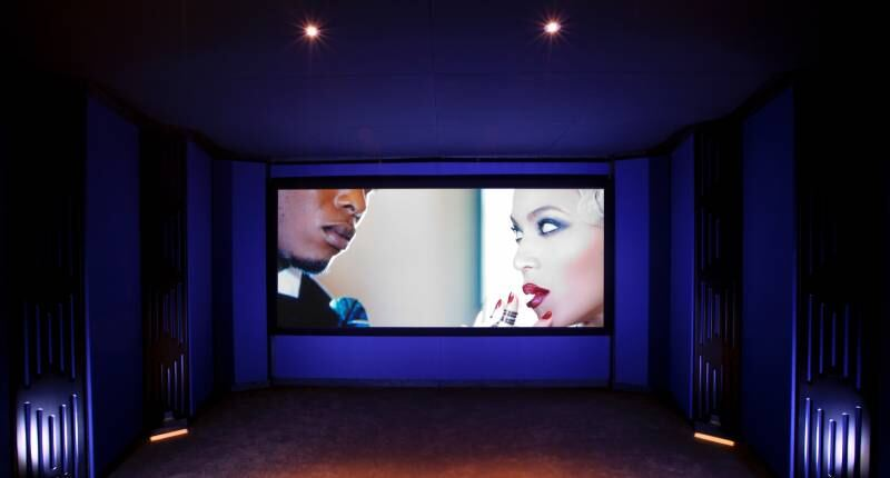 The Blue Room - JBL Synthesis One Array, Sony and Screen Excellence gallery image 2