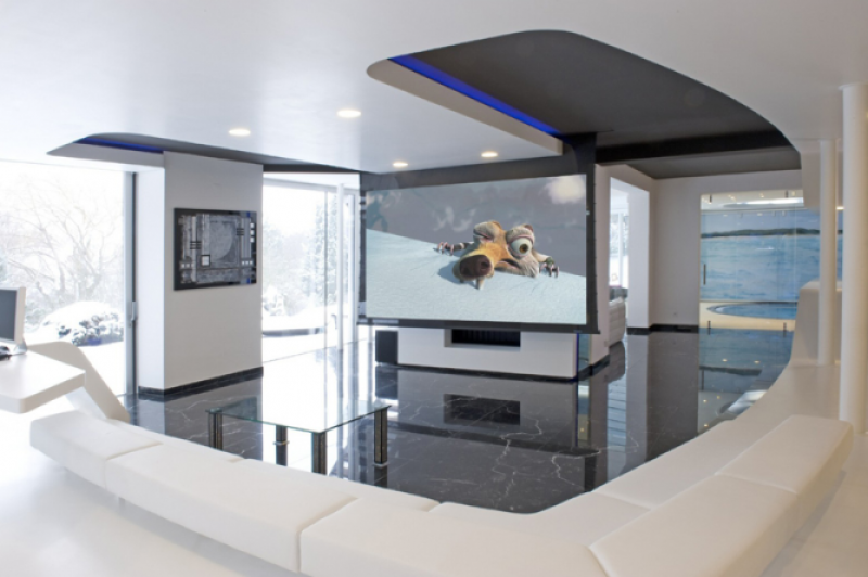 Yacht Cinema (by Roland Koller) gallery image 2
